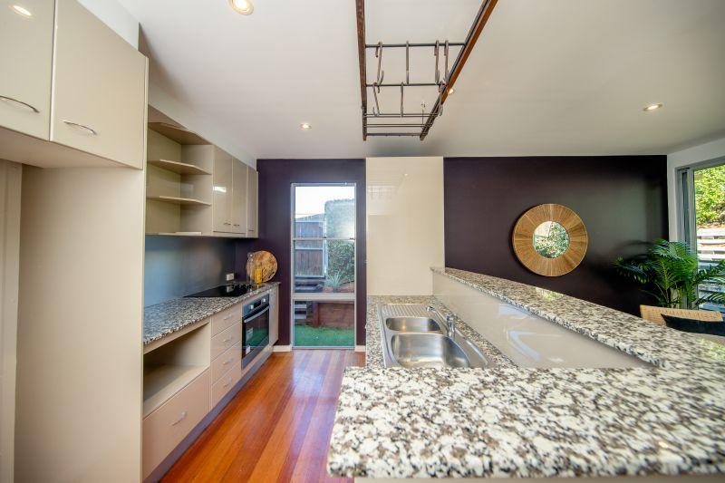 Curry St kitchen