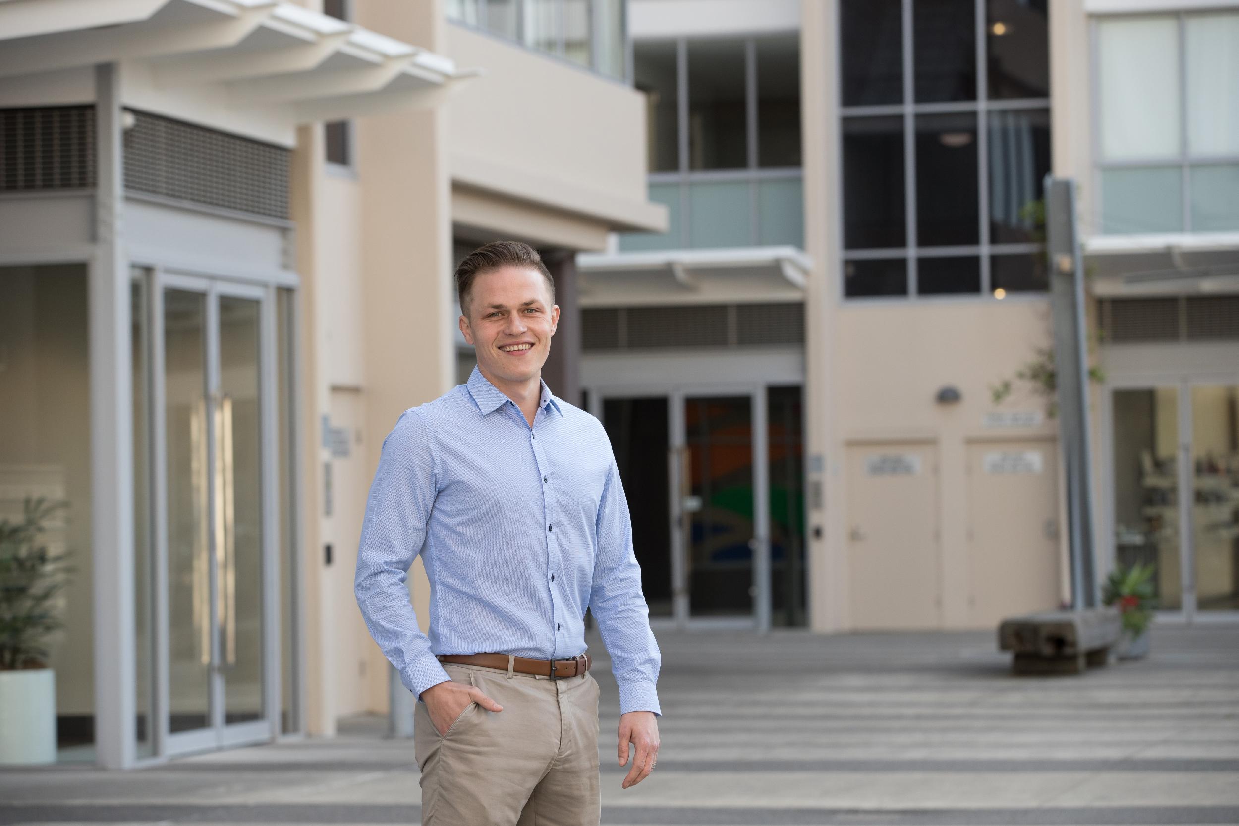 Simon Mitrovich Real Estate Agents
